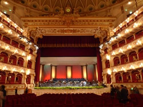 teatro petruzzelli foto