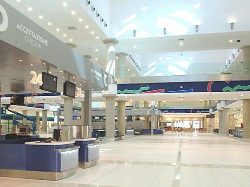 aeroporto palese bari foto